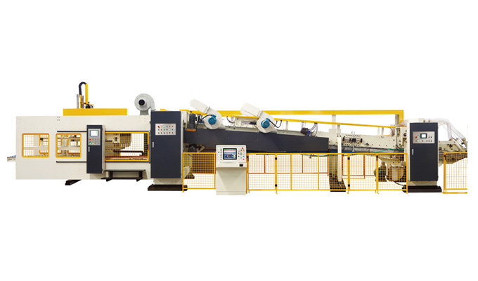 Folder Gluer + Strapping machine in line